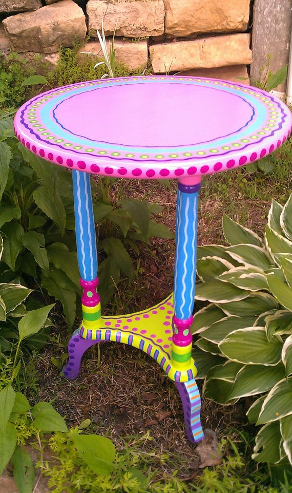 Side Table Hand Painted Furniture Made to Order door LisaFrick