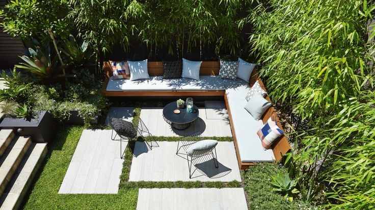 A small family-friendly garden with 6 big ideas. Photography by Natalie Hunfalvay.