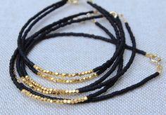 Or remplie de Bracelet - or 14kt rempli Bracelet - Bracelet noir perlé et or Vermeil - minimaliste Bracelet - Bracelet blanc