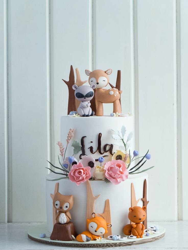 CUTE Woodland Animals Baby Shower Cake by Cottontail Cake Studio as featured on MyCakeSchool.com's Roundup of Baby Shower Cake Ideas!