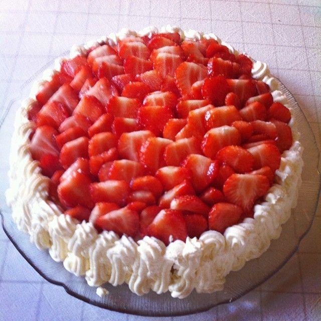 #Strawberry #cake