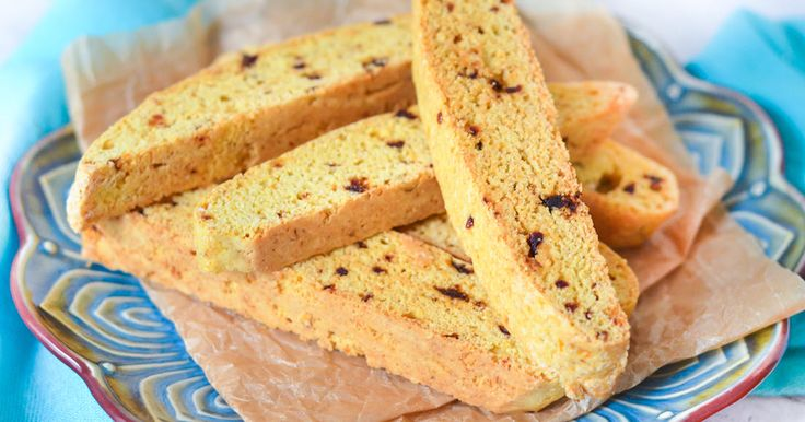 Delicious orange biscotti perfect mixed with dried dates and vanilla for the perfect accompaniment to your coffee or tea.