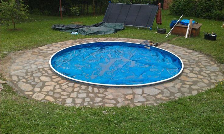 mám bazén Azuro 400 zapuštěný do země a potřebuji upravit prostor kolem bazénu.Šlo by o okruží asi 70cm široké.   === Přírodní kámen