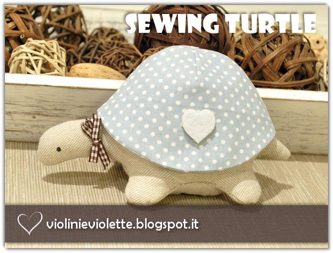 VIOLINI E VIOLETTE: sewing turtle