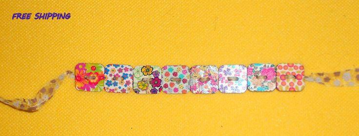 wood buttons bracelet casual bracelet bracelet buttons bracelet wood flowers free shipping 9.00 USD #goriani