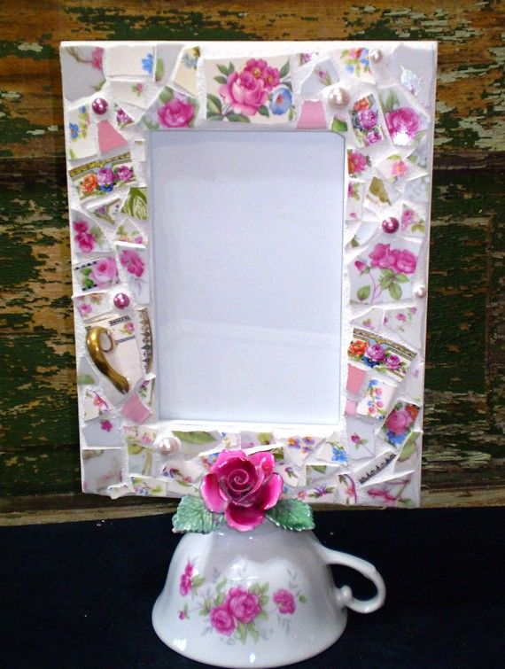 Tea Cup frame, cute for a wedding idea.