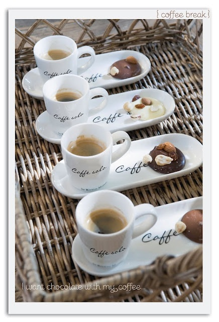 Chocolates and coffee: Desserts, Cookies, Idea, Plates, Coff Lovers, Coff Time, Cafe, Coff Cups, Coff Break
