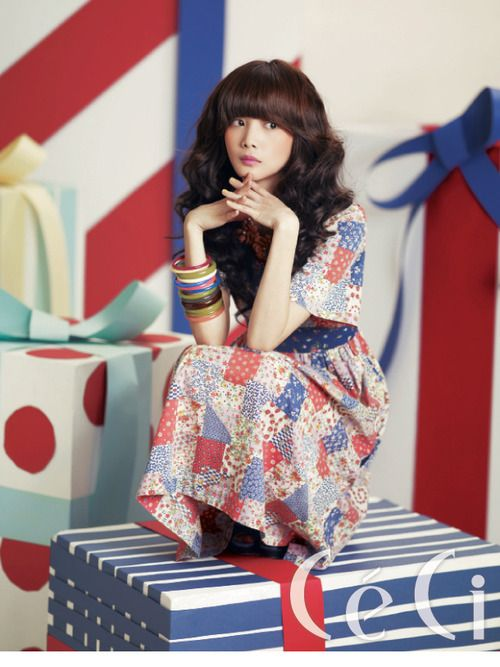 Yoon Seung Ah by Kim Je Won for Ceci Korea Mar 2011. A neat patchwork dress!