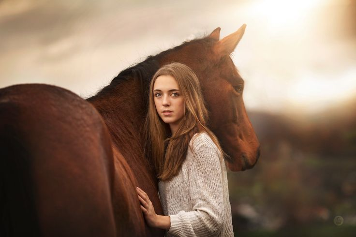 Photograph the girl and the horse. by Hannah Meinhardt on 500px