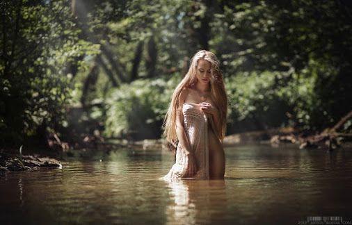 Model: Ekaterina Avramchikova © Anton Komar  The Imaginarium™ Unlimited Photography