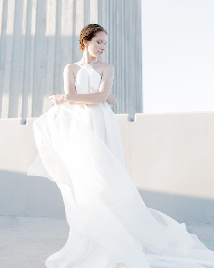 An amazing teamwork made this all possible. I'm so grateful to work with incredibly talented and creative artists like you guys. Thank you so much for your hard work and support! ��Photographer Michael Stark @stark216 ��Makeup and hair Brielle McKenna @briellemckenna ��Model Taylor Ezzell @taylorezzell #bridaldress #modernbride #modernwedding #bridalfashion #bridalstyle #bridalmakeup #bridalhair #elegant #minimal #weddingdress #Thenewhite #losangeles #editorial #styleoftheday…