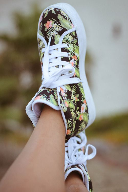 tropical print sneakers... want!