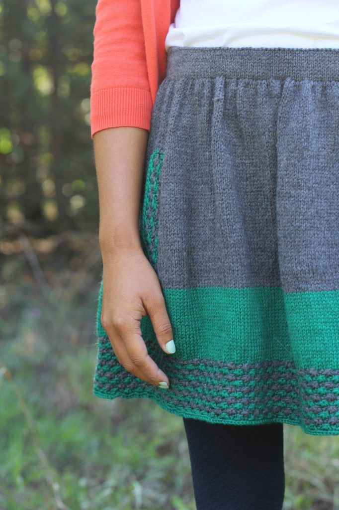 (New Girl knitting pattern by Allyson Dykhuizen, from Holla Knits Fall 2012 Collection). Idea: since I don't knit...what about adding a few rows of crochet to a regular skirt? Might be pretty.