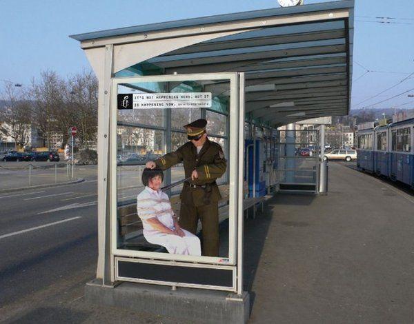 Top 12 des affiches chocs d'Amnesty International, les trompe-l'oeil à l'arrêt de bus | Topito