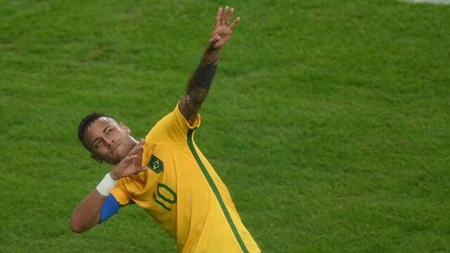 """Rio 2016...final Allemagne -Brésil """" le Brésil s'est imposé au Maracana et remporte pour la première fois le tournoi olympique masculin"""" http://m.francetvsport.fr/les-jeux-olympiques/rio-2016-football-du-baume-en-or-sur-une-blessure-355119#xtref=https://www.google.fr/"""