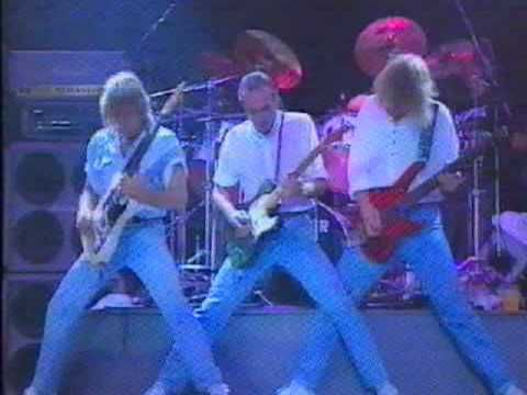 Status Quo - Bye Bye Johnny live from the RTYD tour