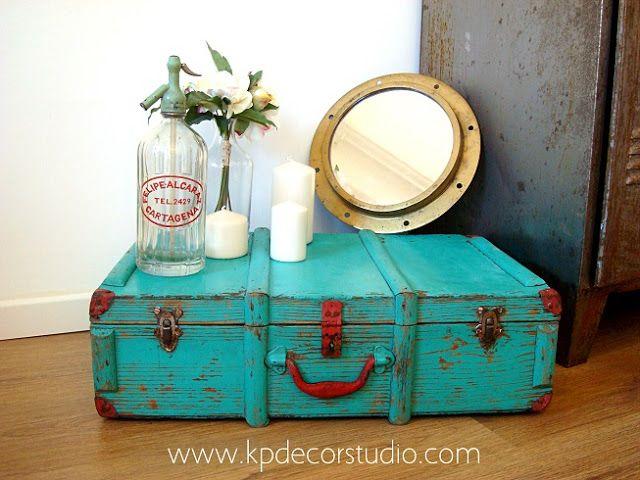 Caja antigua de madera ** Antique wooden box
