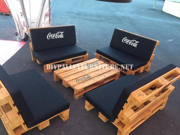 Te explicamos como hacer sof s camas estanter as mesas for Sofa exterior casero