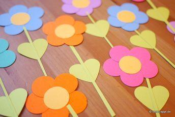 Frühling-Spring-Ostern-Fensterbild-Fensterdeko-Fenster-Dekoration-Pastell-Blume…