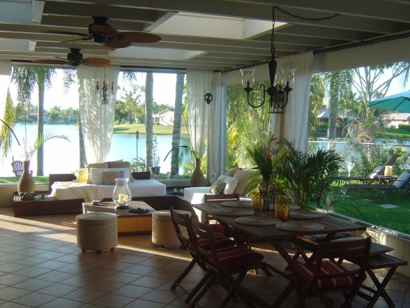 Lanai ideas curtains fans retirement home pinterest for Florida lanai designs
