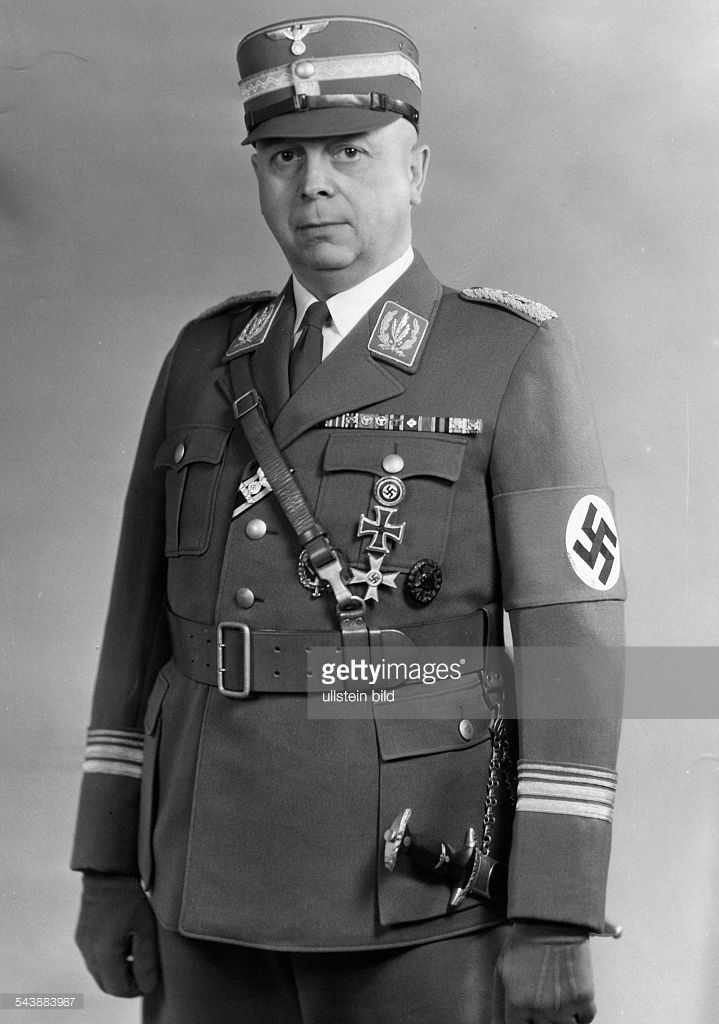 Schepmann, Wilhelm - Stabschef SA, NSDAP, Germany*17.06.1894-+ Portrait in uniform - 1943- Photographer: Presse-Illustrationen Heinrich Hoffmann- Vintage property of ullstein bild
