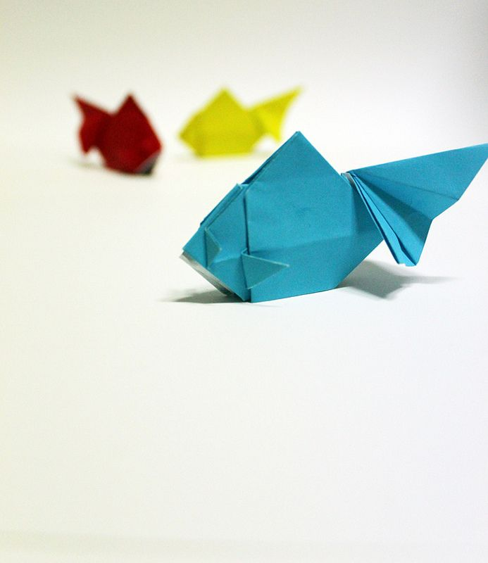 gold fish | by paper folding artist redpaper