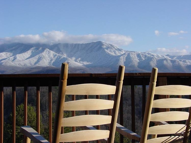 Best 25 smokey mountain cabins ideas on pinterest for Jackson cabins gatlinburg tenn