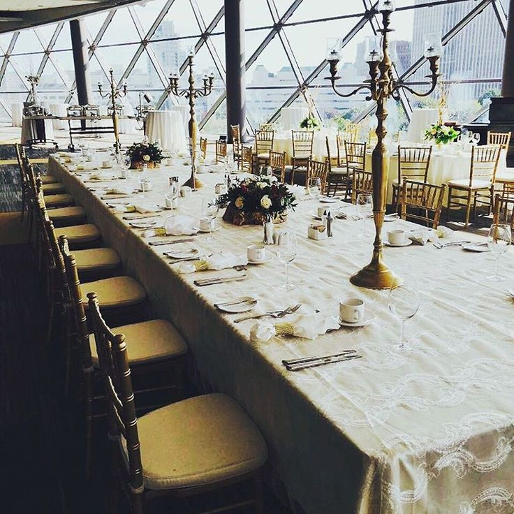 Wedding at the Ottawa Congress Centre! Gold and white look so luxe with gold Chiavari chairs ✨  #chiavarichairs #whiteandgold #luxe #ottawacongresscentre #goldwedding #whitewedding #ottawawedding #ottawa #toronto #montreal