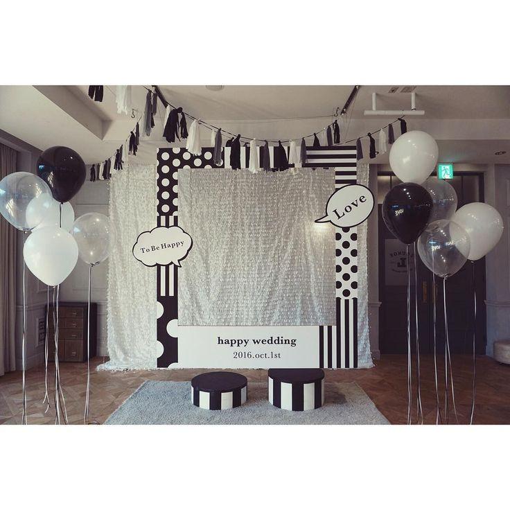 Photo Booth Decoration designer @harada.tsg Planner @okayama.tsg  #TRUNKBYSHOTOGALLERY#shibuya#photobooth#diy#weddingsign#chalk#結婚式#結婚式準備#会場コーディネート#ナチュラルウェディング#高砂#フォトブース#花嫁#プレ花嫁#卒花嫁#インテリア#カフェ#ウェルカムボード#チョークアート#ウェディングサイン#ハンドメイド#男前インテリア#2016夏婚#2016秋婚#2016冬婚