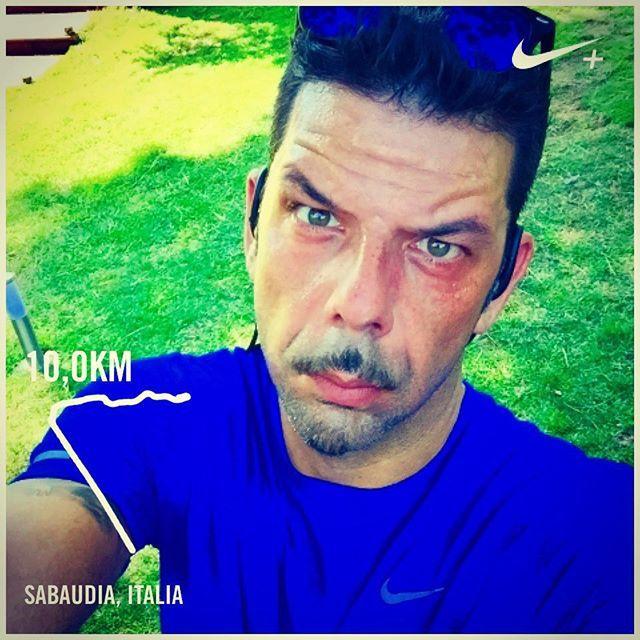 #SalvoSottile Salvo Sottile: Correre per non pensare e pensare di non correre..... #buongiorno #run #10km# #sabaudia #maimollare #caldo #brucio #soffoco #unacosasola