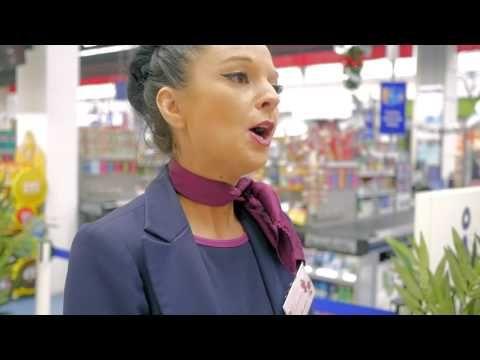Carrefour Côté Coulisses : Hôte(sse) de Caisse - YouTube