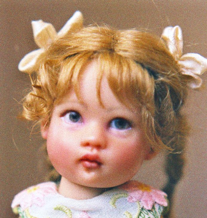 Кукла Киш Райли, перекраска, винил 7 дюймов, лицевая сторона, комиссия, перекрашенная Нэнси Ли Моран 2011