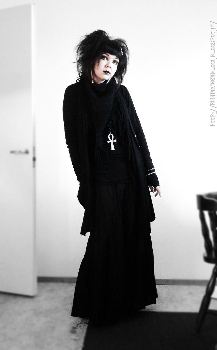 Black Widow Sanctuary: The world just wants to kill me | Hukutettu Nukke, goth girl from Pori Finland.