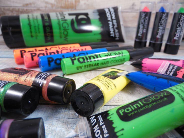UV Farben von MACH DICH BUNT http://frinis-test-stuebchen.de/2016/02/mach-dich-bunt-uv-farben-holi-farben-und-bio-konfetti-machdichbunt-bb2g-uvcolour/
