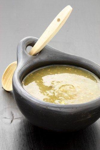 Быстрый соус из томатилло и кинзы