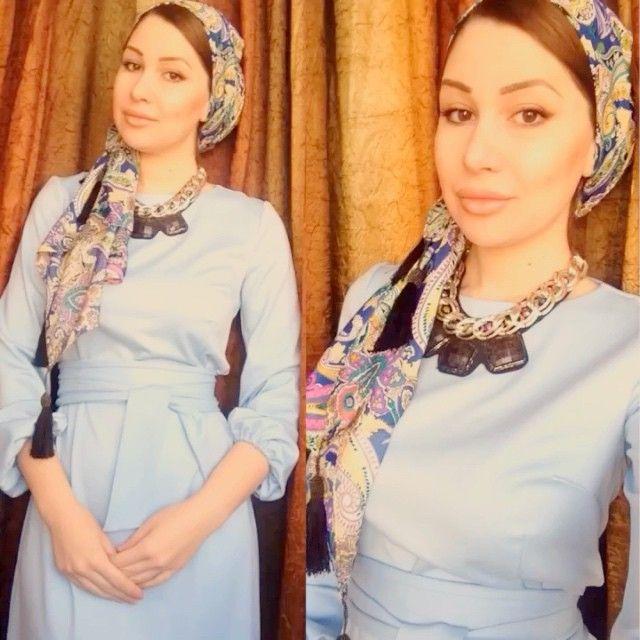 """Вот такой красивый платок мне отправила @lavka_khv  спасибо, милая он на концах украшен кисточками из бисера  очень клевый! ( на мне платье @rezeda_suleyman_30 и украшение @bijouterie_serebro  спасибо  ) прога """"идеальное видео"""" #hijab#scarf#shawl#video#платок#хиджаб#Angelika#turban#headscarf#beauty#fashion#scafstyle#жади#клон#красота"""