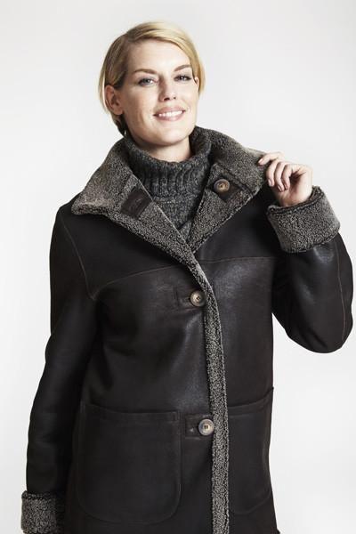 20cfdb3f9c0 Reversible shearling to curly wool barn jacket  550