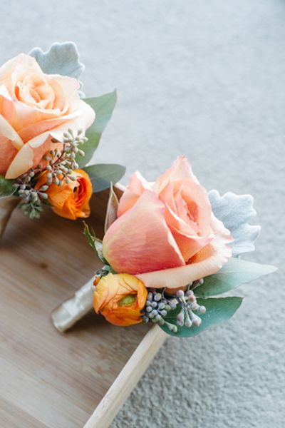 peach boutonnieres | Leigh Webber #wedding