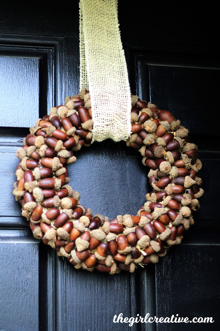 Best 25+ Acorn wreath ideas on Pinterest | Acorn decorations ...