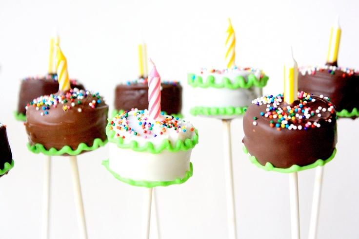 ♡Birthday cake brownie pops love the idea