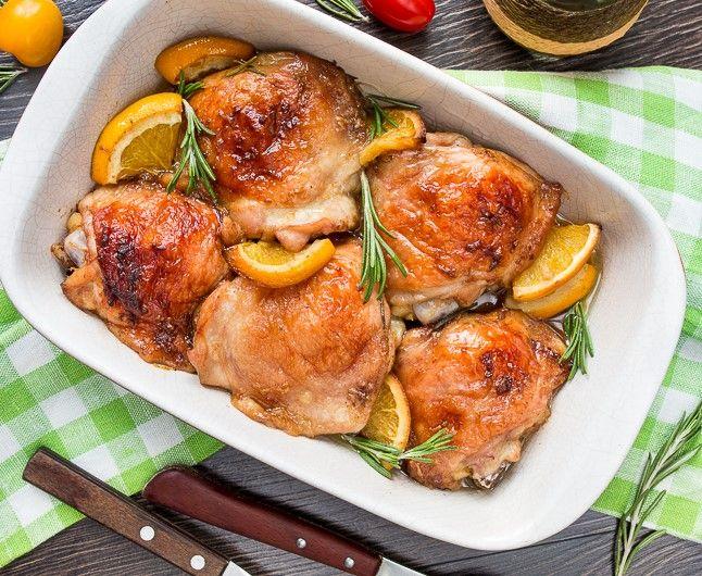 Ингредиенты: куриные бедрышки с кожей -6 шт. репчатый лук -1 кг коричневый сахар -1 ст.л. лавровый лист -2 шт. сушеный тимьян -2 ч.л дижонская горчица...