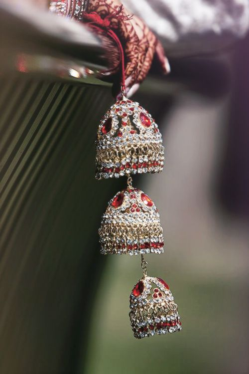 Wedding Jewelry - for more follow my Indian Fashion Boards :) joyas #complementos boda