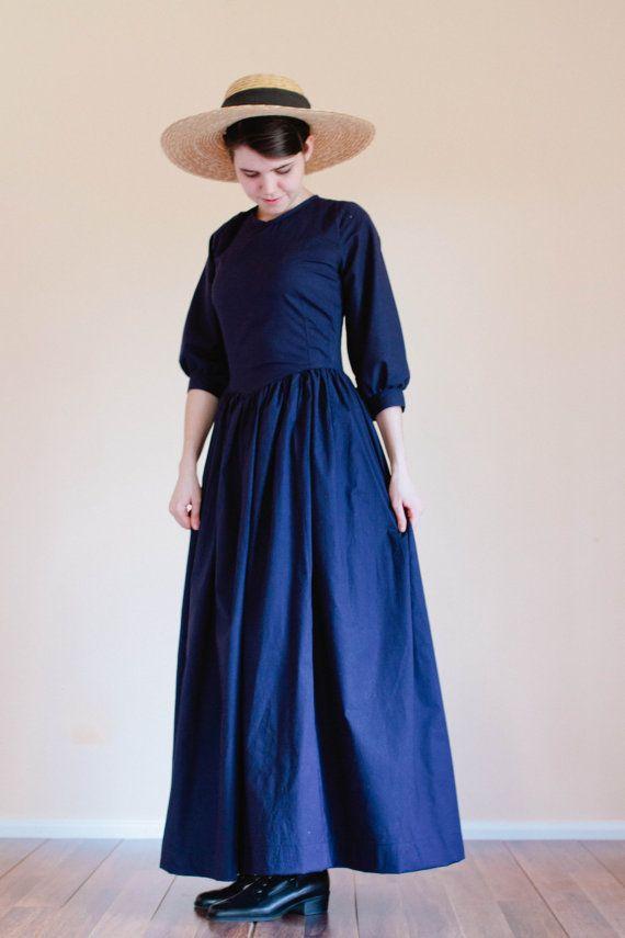 Pointed Bodice Plain Dress - Back Zip modest dress - Prairie Dress Made to Measure Modest Dress civil war Mennonite dress reenactment dress