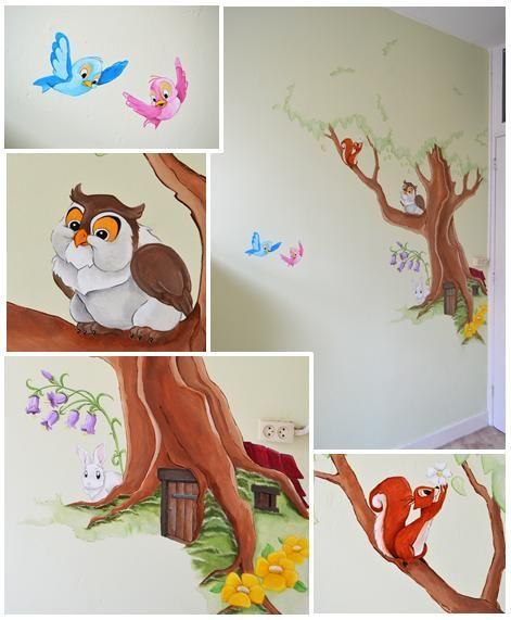Boom met deurtje en dieren | muurschildering | kinderkamer | babykamer | www.groeneballon.nl | Den Haag