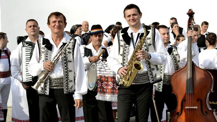Ilie Pasca & Paul Pasca - Instrumentala - De joc ca la Santana