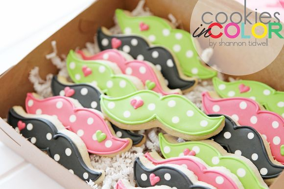 Girly Mustache Cookies   Cookies In Color   Shannon Tidwell