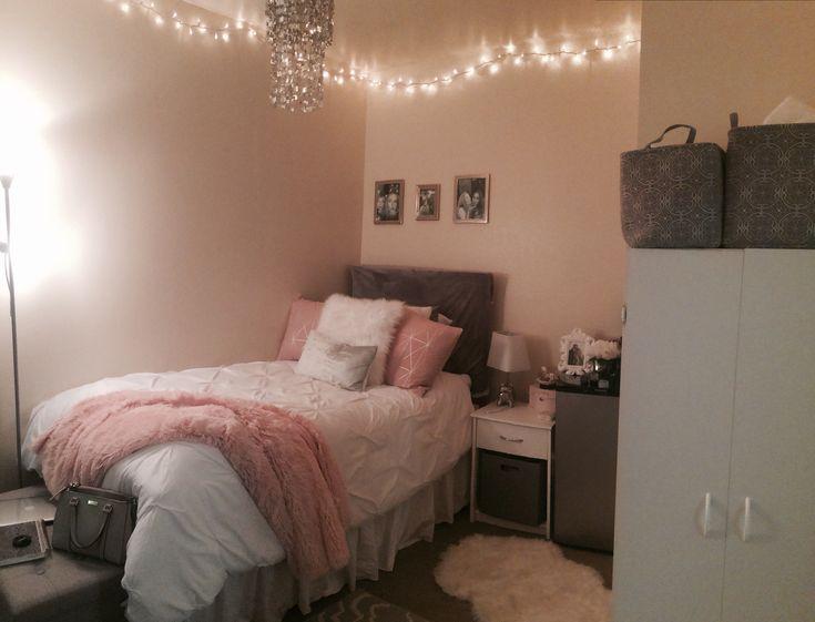 Sonoma State Dorm Rooms Beaujolais Village Sophomore Dorm Room Pink And Silver Dorm Inside