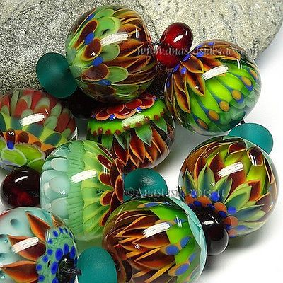 Love the colors on these gorgeous beads! *Anastasia Lampwork Beads 8 Fiesta  #lampwork #beads