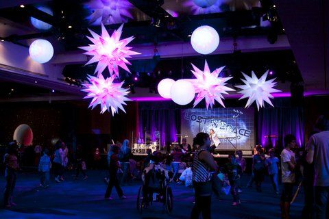 Spheres and stars #event #lighting