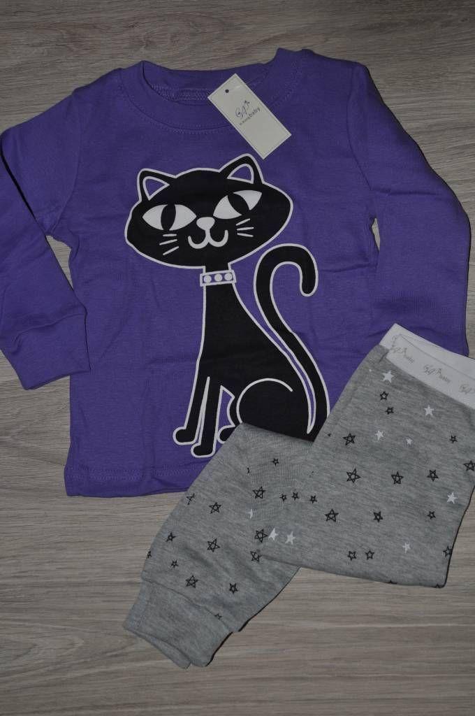 Pyjama met Kat